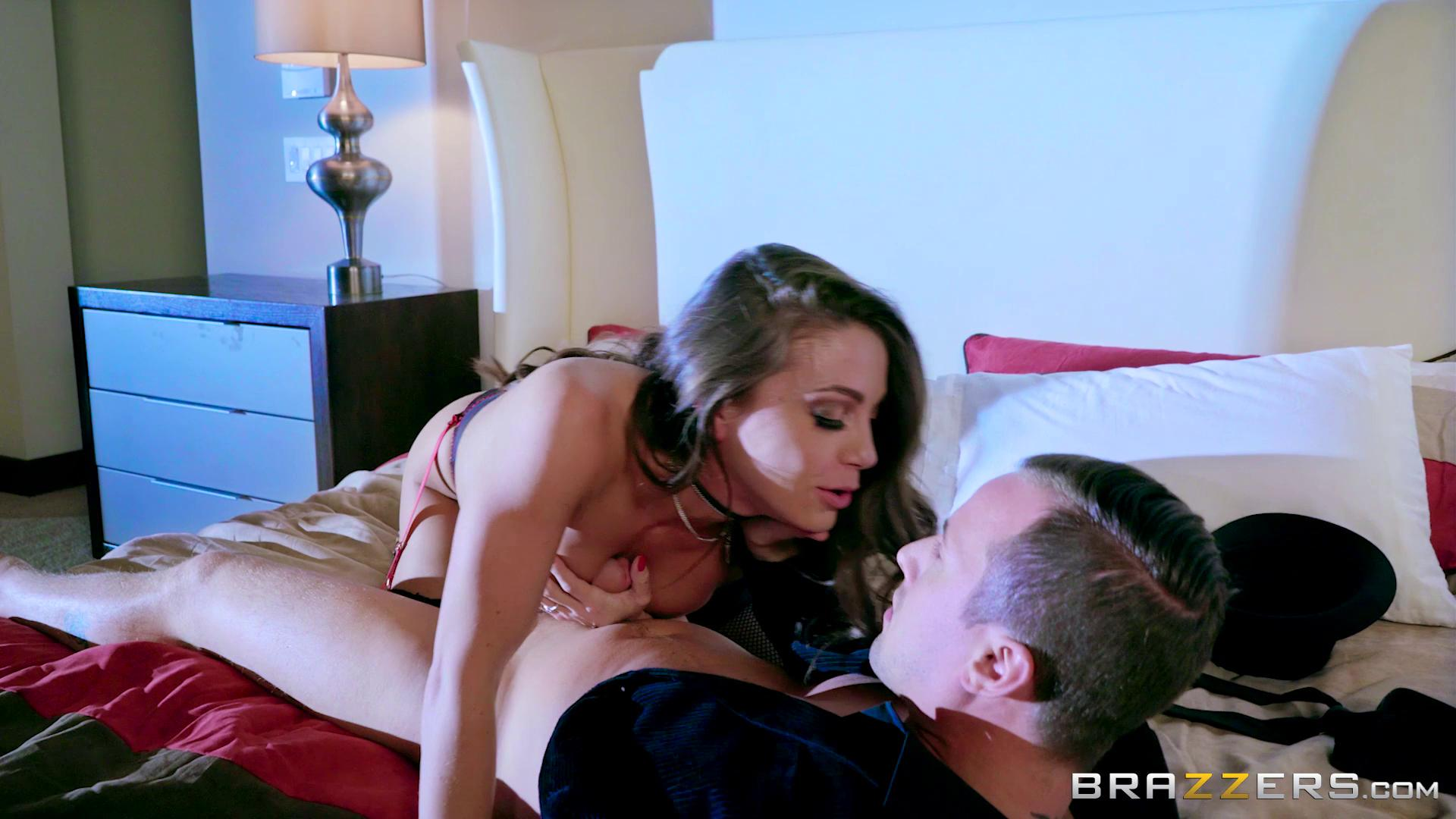 PornstarsLikeItBig – Abigail Mac My Night With A Pornstar