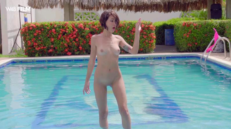 Watch4Beauty – Natali Leon Pleasure By The Pool