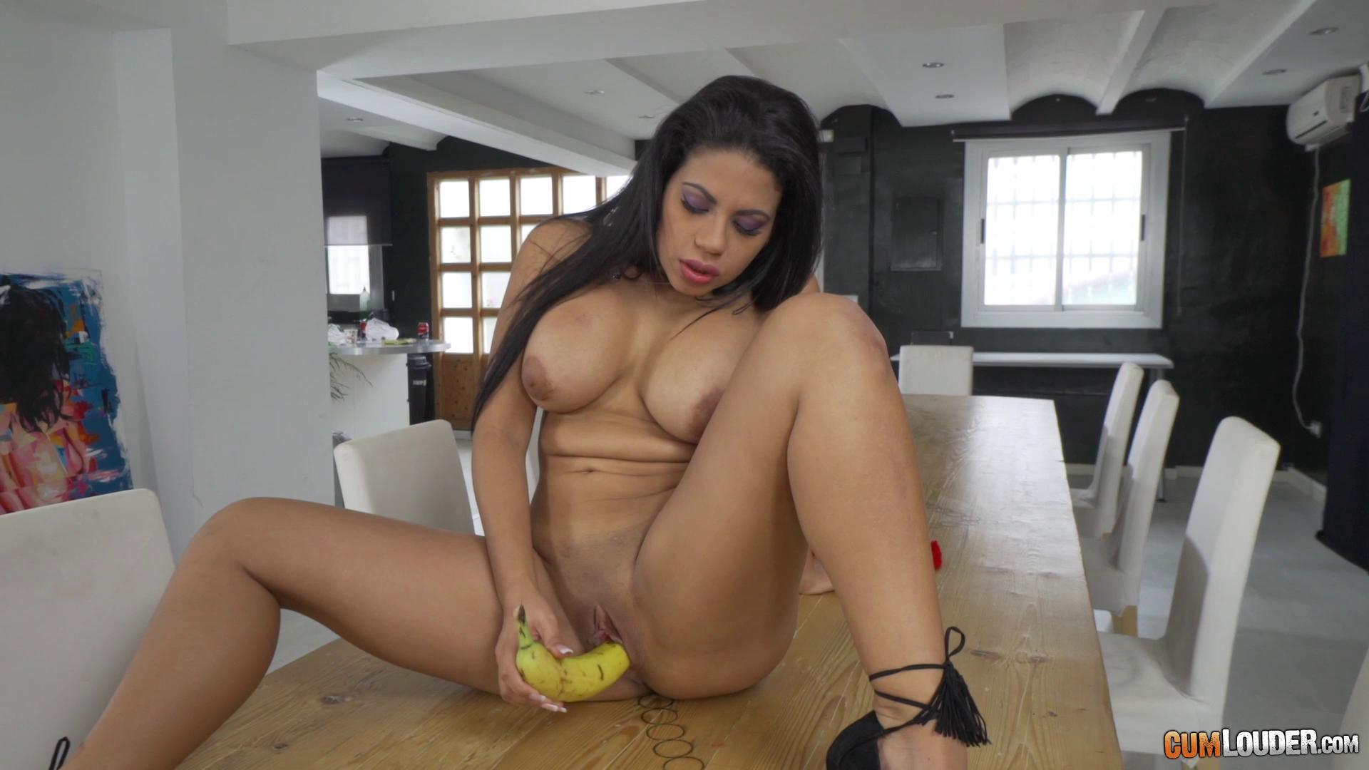 POV – Kesha Ortega