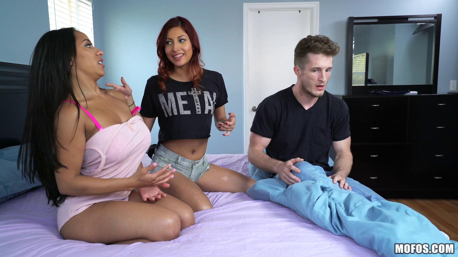 ShareMyBF – Jade Jantzen And Priya Price Bootilicious BFFs Have Threesome
