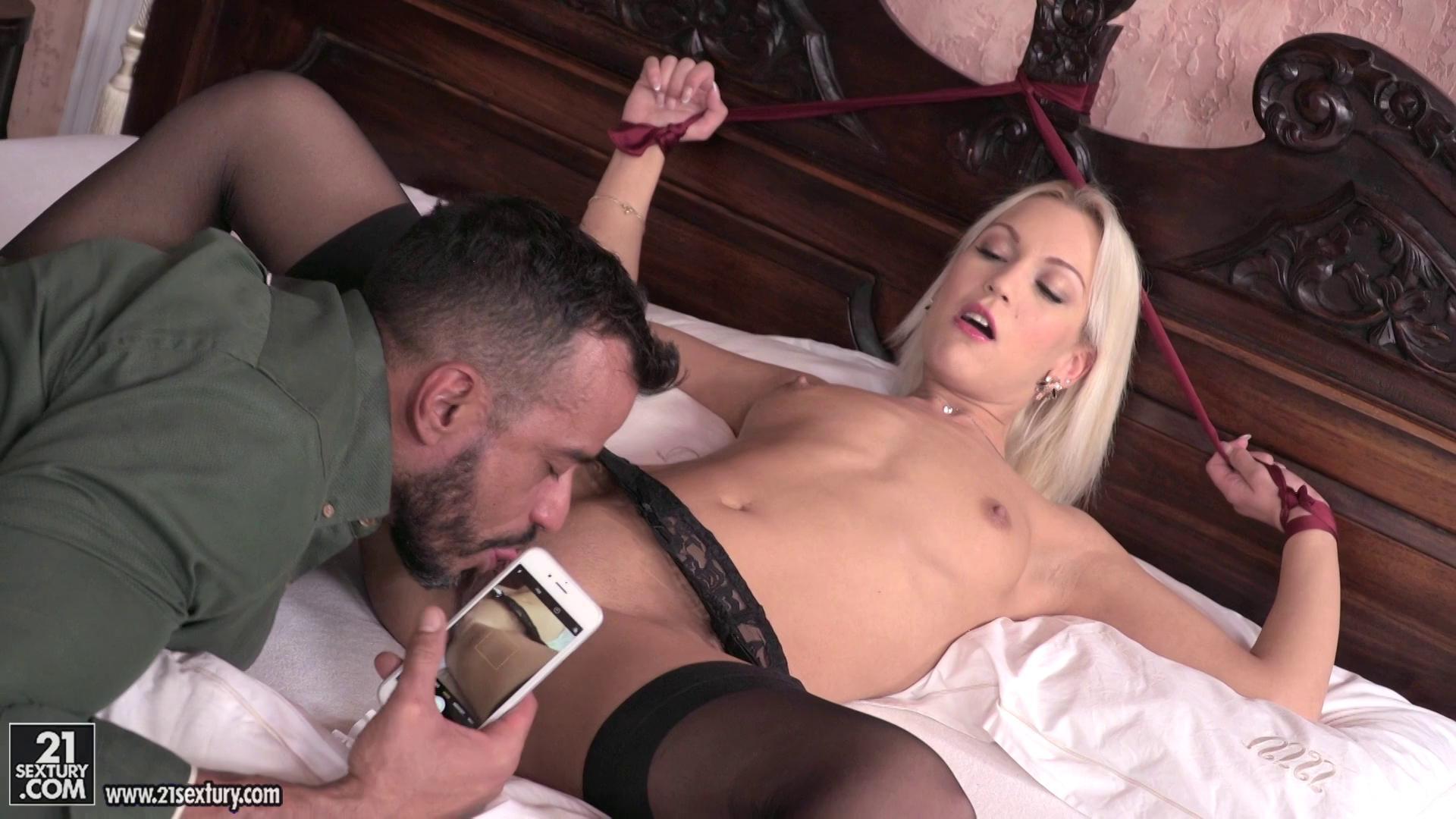 PixAndVideo – Cecilia Scott Cheating Cecilia