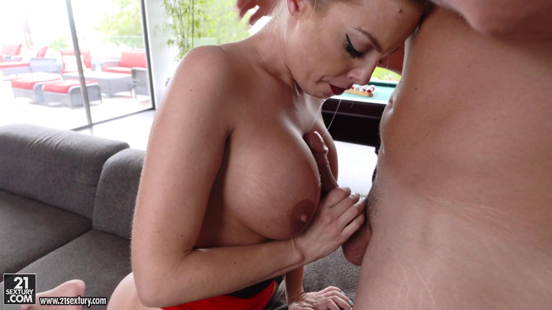 ClubSandy – Britney Amber The Red Dress