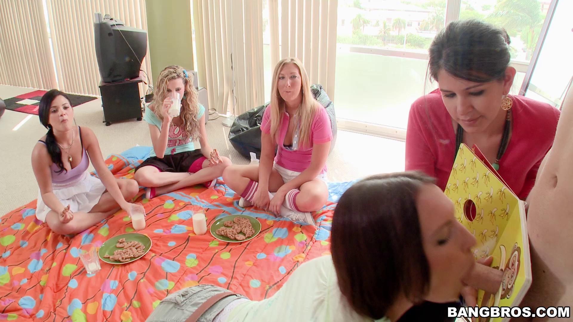 BangBrosClips – Katie Kayne Britney Phoenix And Valentina