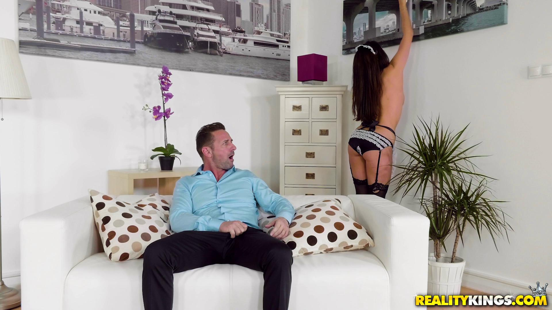 BigNaturals – Anissa Kate Big Tits Maid Service