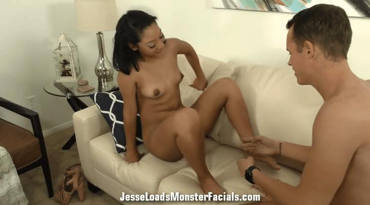 JesseLoadsMonsterFacials – Sarah Lace