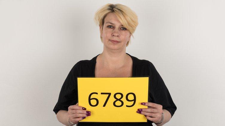 Czech Casting Mirka 6789