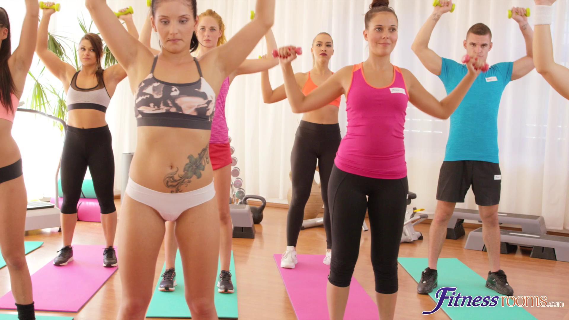 FitnessRooms – Lucia Denvile , Sasha Zima