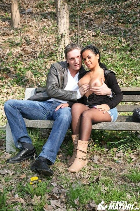 ScambistiMaturi – July Di Maggio – Busty Italian ebony babe gets ass fucked by white cock in the forest