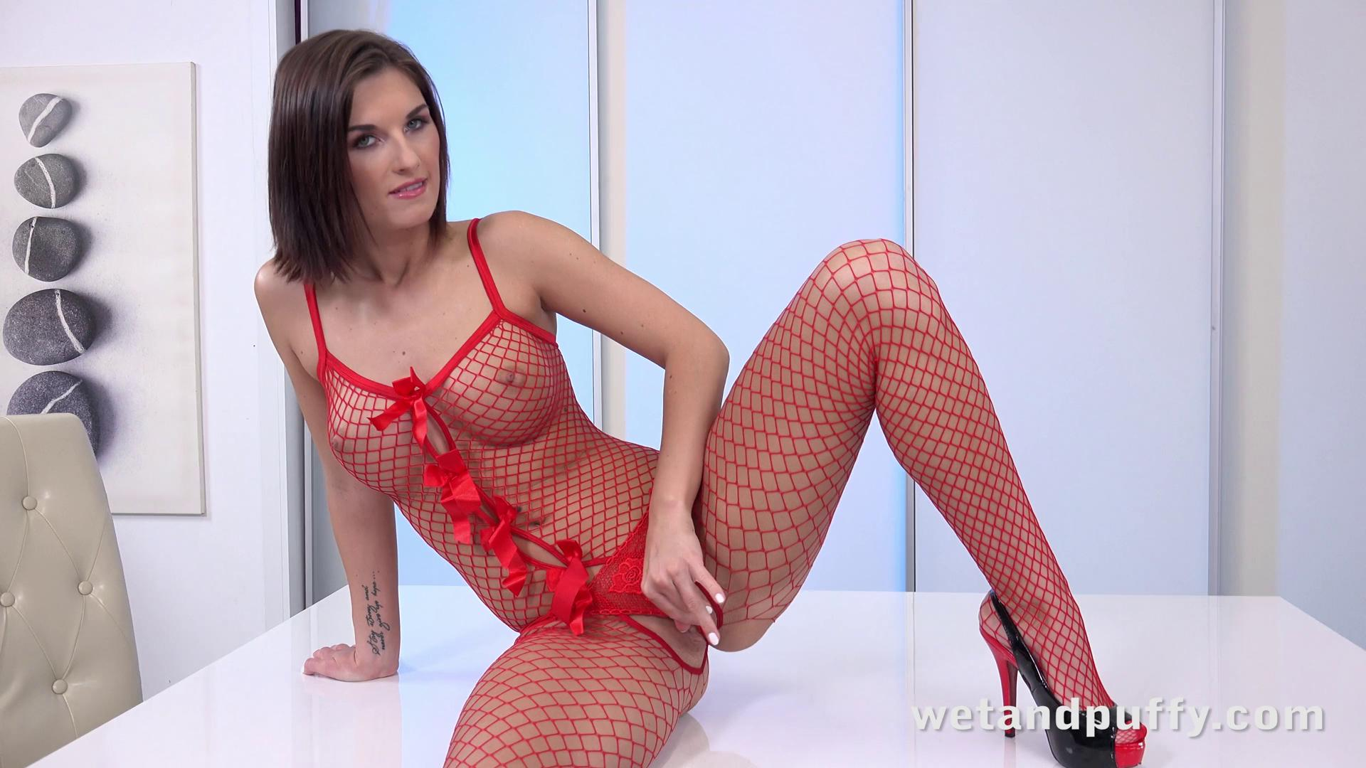 WetAndPuffy – Jenifer Jane Red Fishnet Stockings