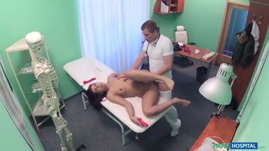 FakeHospital E286 Jessica Red Online HD